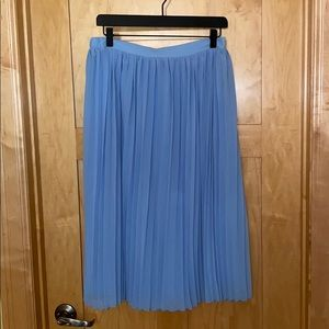 New Without Tags American Eagle Tull Skirt